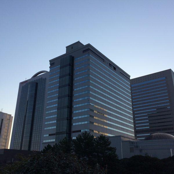 早朝の幕張新都心・海浜幕張の高層ビル群2の写真