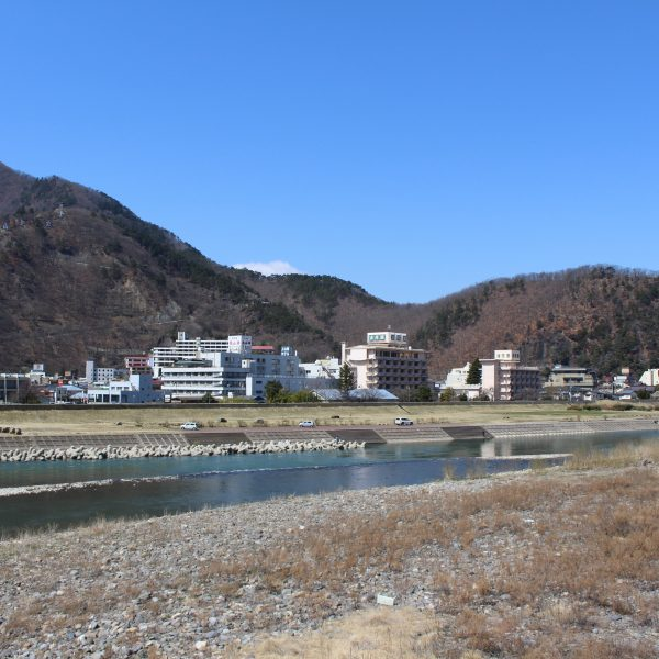 上山田温泉と千曲川1の写真