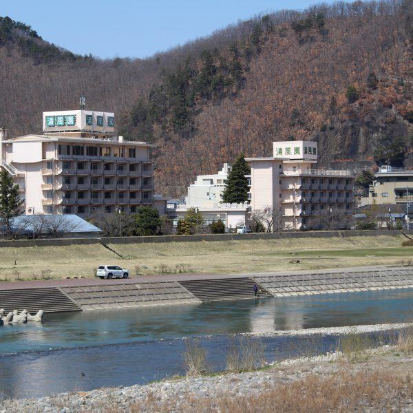上山田温泉と千曲川2の写真