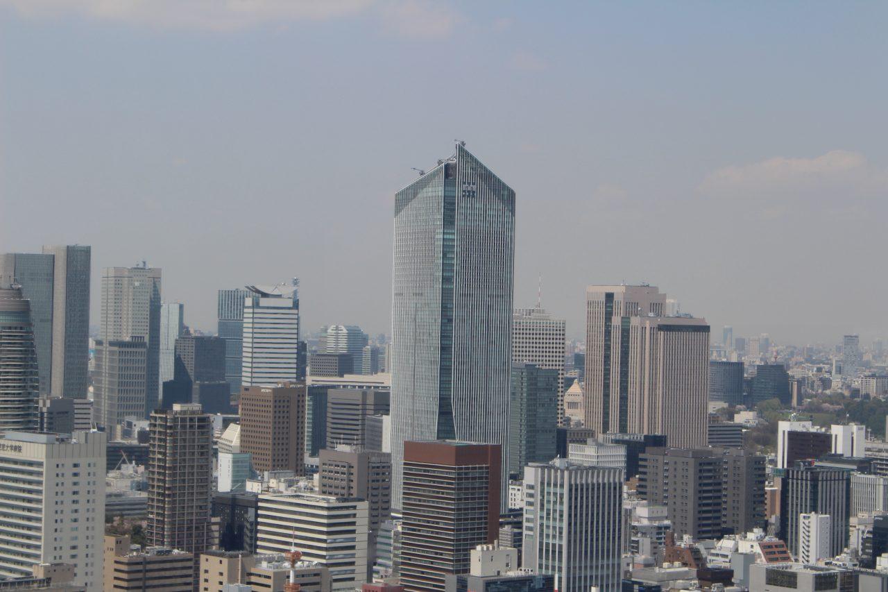 展望台から見た虎ノ門ヒルズ2の写真